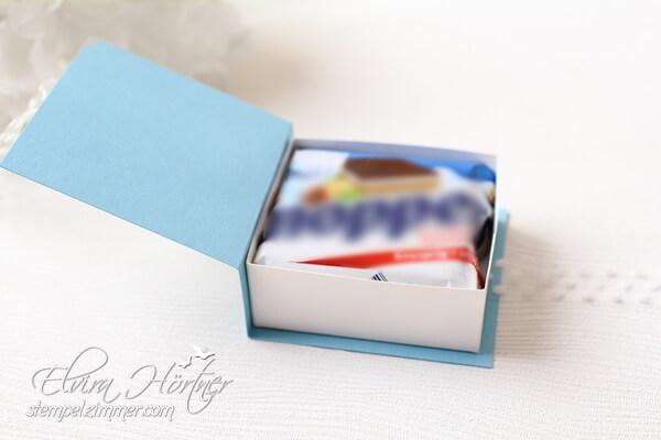 Verpackung für eine Haselnuss-Schnitte in Babyblau-Stampin Up-Österreich-Blog-Stempelzimmer