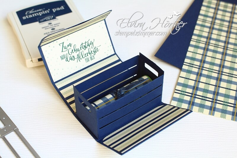 Holzkiste mit Geld-Ganz Gentleman-Geburtstagsgeschenk-Marineblau-Meeresgrün-Stampin Up-Stempelzimmer-Blog-Österreich