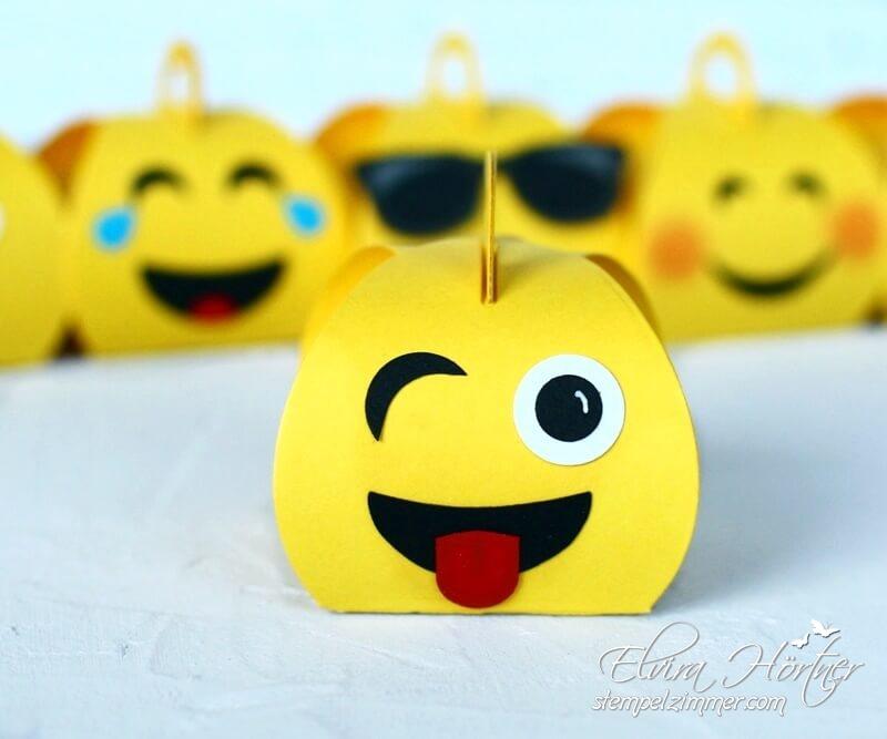 Zwinkender Emoji mit Zunge