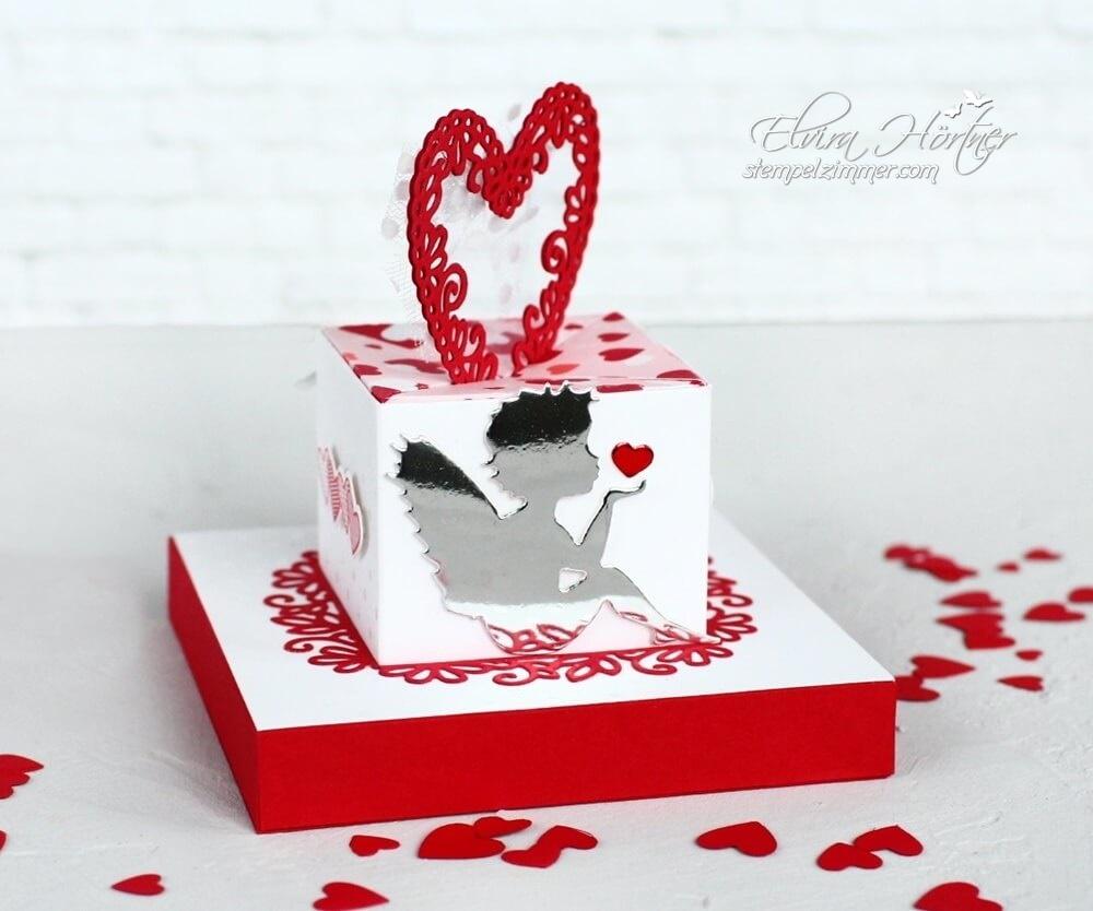 Box mit Diagonalverschluss-Blog Hop-Cutting Machine Design Team-Valentinstag-Engel mit Herz
