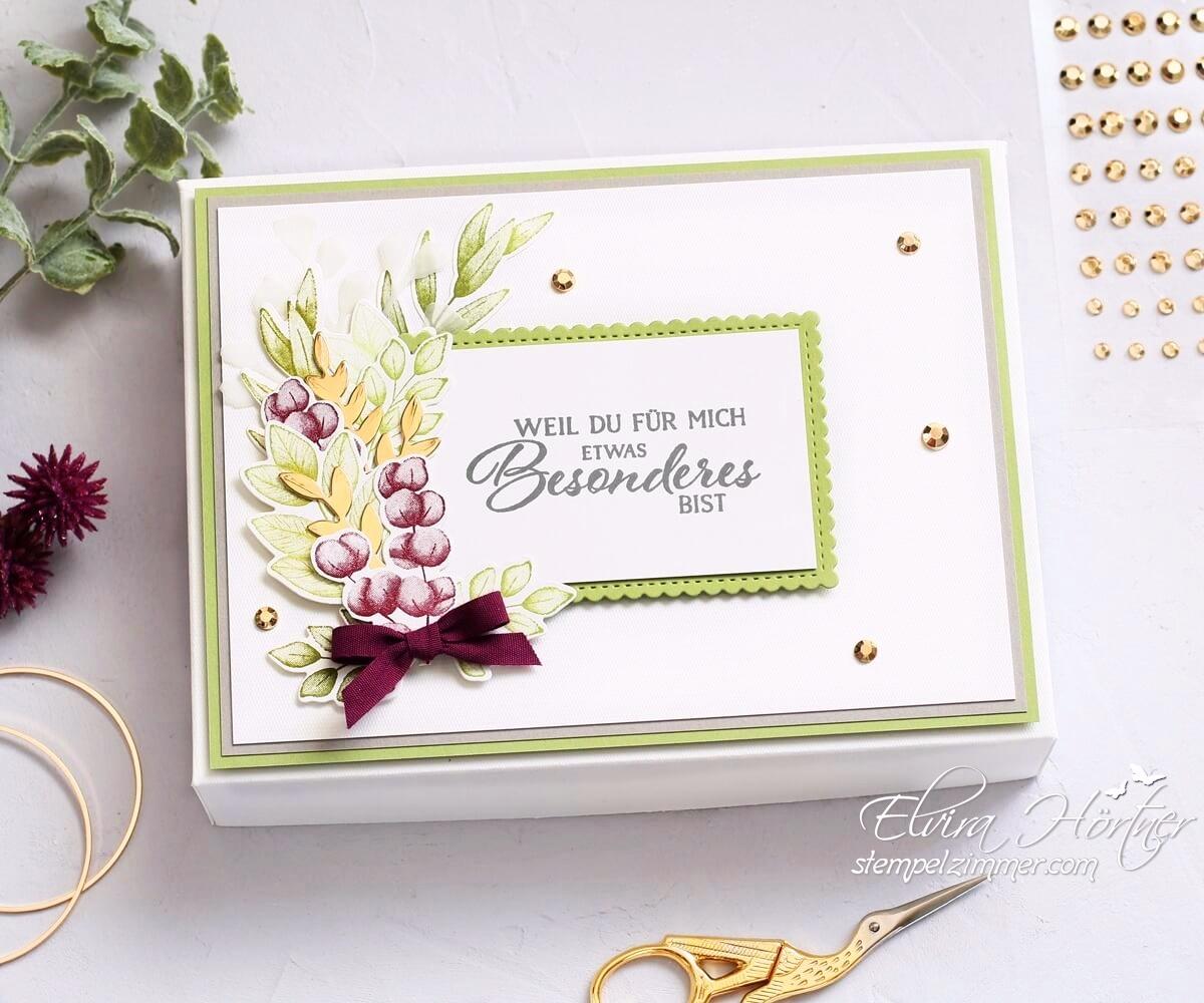 Geschenkbox mit Blättern und Zweigen aus dem Produktpakt Für alle Zeit von Stampin' Up!